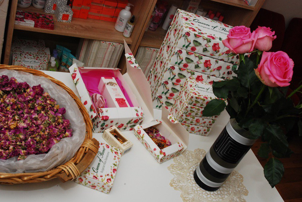 crafts-and-roses-3.jpg